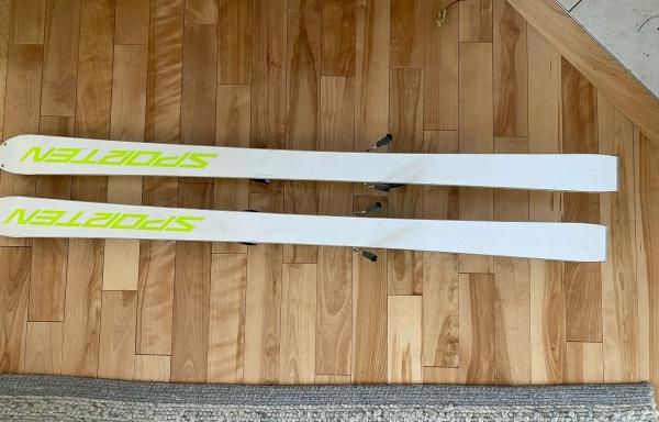 101 – Ski Sporten grandeur 139 utilisé 8 fois