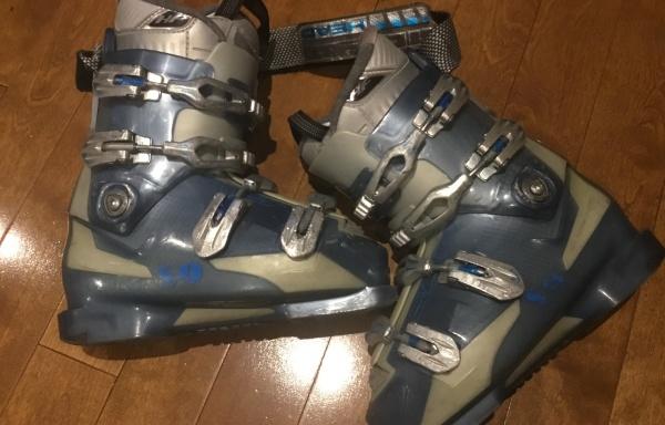 109 – Bottes ski à vendre